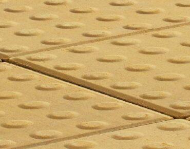 kostka-integracyjna-300-x-300-standard-8cm-drewbet-rszmicio.02